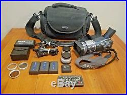 Bundle Sony Digital HD Video Camera Recorder HDR-HC1 with Carry Case