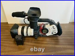 Canon DM-XL1S A 3CCD Digital Mini DV Series Video Camcorder With 5.5-88mm Lens