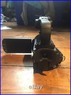 Canon XA10 Professional HD Digital Videocamera with top handle