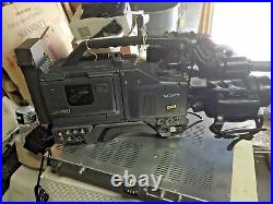 SONY DIGITAL Camcorder DXC-D30WS WITH CANON BCTV ZOOM LENS DSR-1, & DXF-701WS