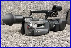SONY DSR-PD170 3CCD 12x Zoom Mini DV Cam Digital Video Camcorder with Battery Tape
