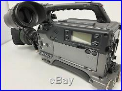 Sony DSR-300 DVCAM Digital Camcorder and Lens with185hr Tape Drum