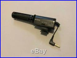 Sony Digital Video Camera Handycam DCR-VX1000 withBattery Charger AC Working