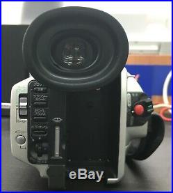 Sony Handycam Digital Camera Video Recorder DCR VX2000 with charger