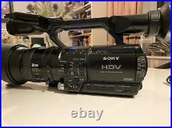 Sony Hvr-z1e Digital Hd Video Camera Recorder + Charger